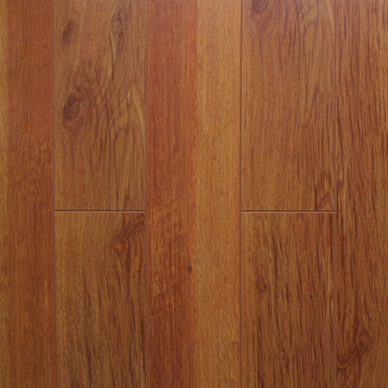 Luxury-Laminate-Red-Oak-Sample
